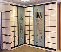 Slide door with patterns